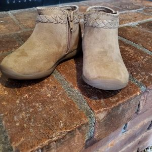 Stride rite ankle boots